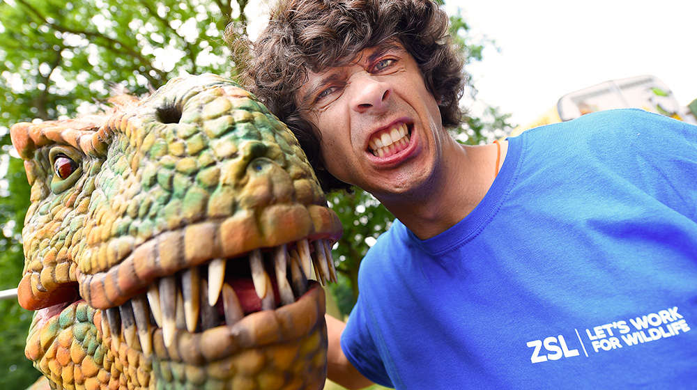 Andy Day dinosaur show
