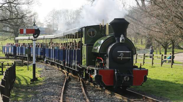 Steam train at ZSL Whipsnade Zoo
