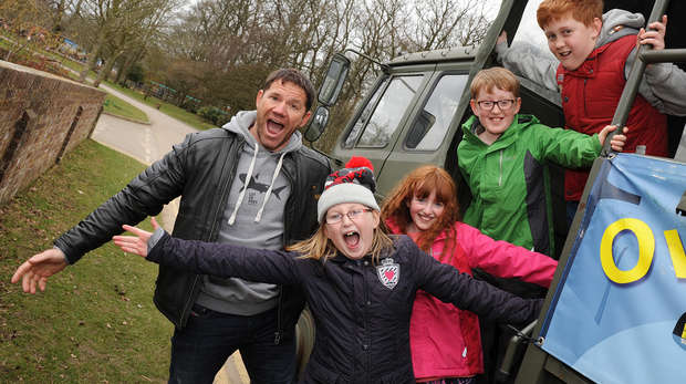 Competition winners feed the animals with Steve Backshall