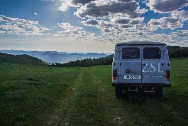 ZSL van driving home from the ZSL Mongolia Summer Field Course 2015