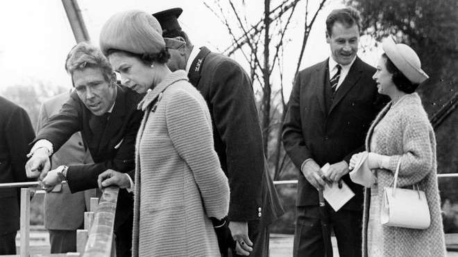 Lord Snowdon with HM Queen Elizabeth II - Snowdon Aviary