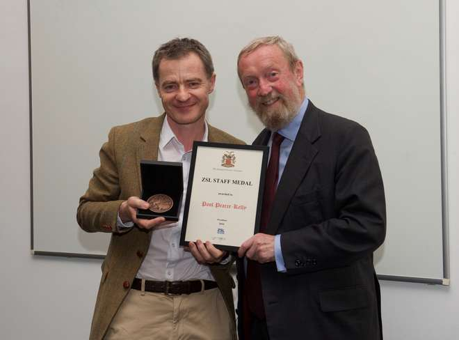 Paul Pearce-Kelly receives the ZSL Medal